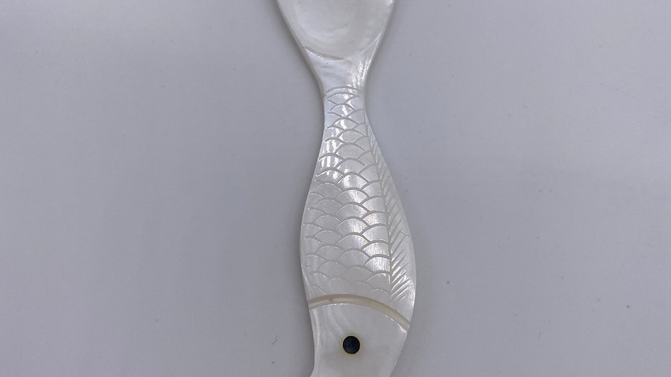 Mother of Pearl Spoon 4 inches (fish shape