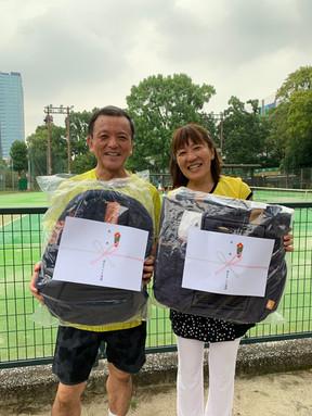 2021年度港区民秋季テニス大会《壮年ミックスダブルス120》優勝ペア