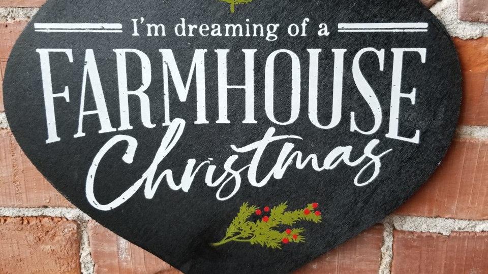 """""""Farmhouse Christmas"""" Sign"""