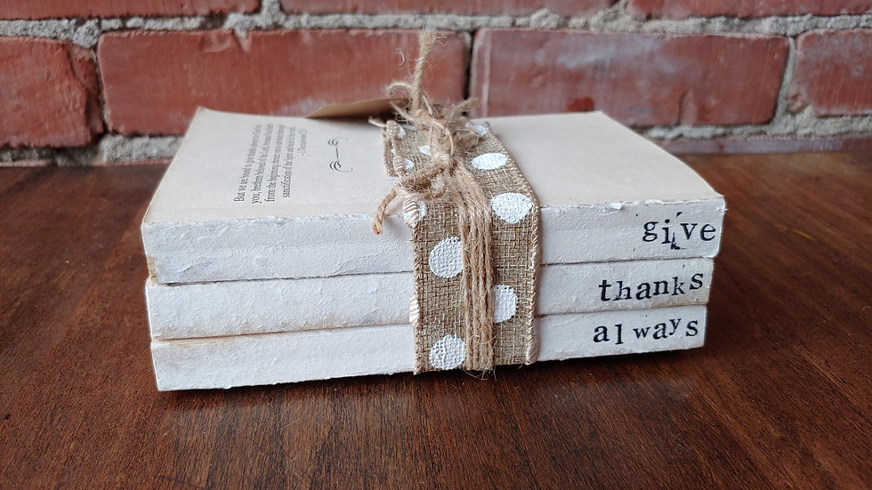 Give Thanks Always Book Decor
