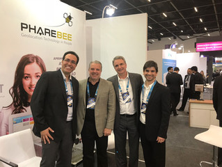 Primeiro dia da PhareBee na maior feira do setor de shoppings na América Latina.