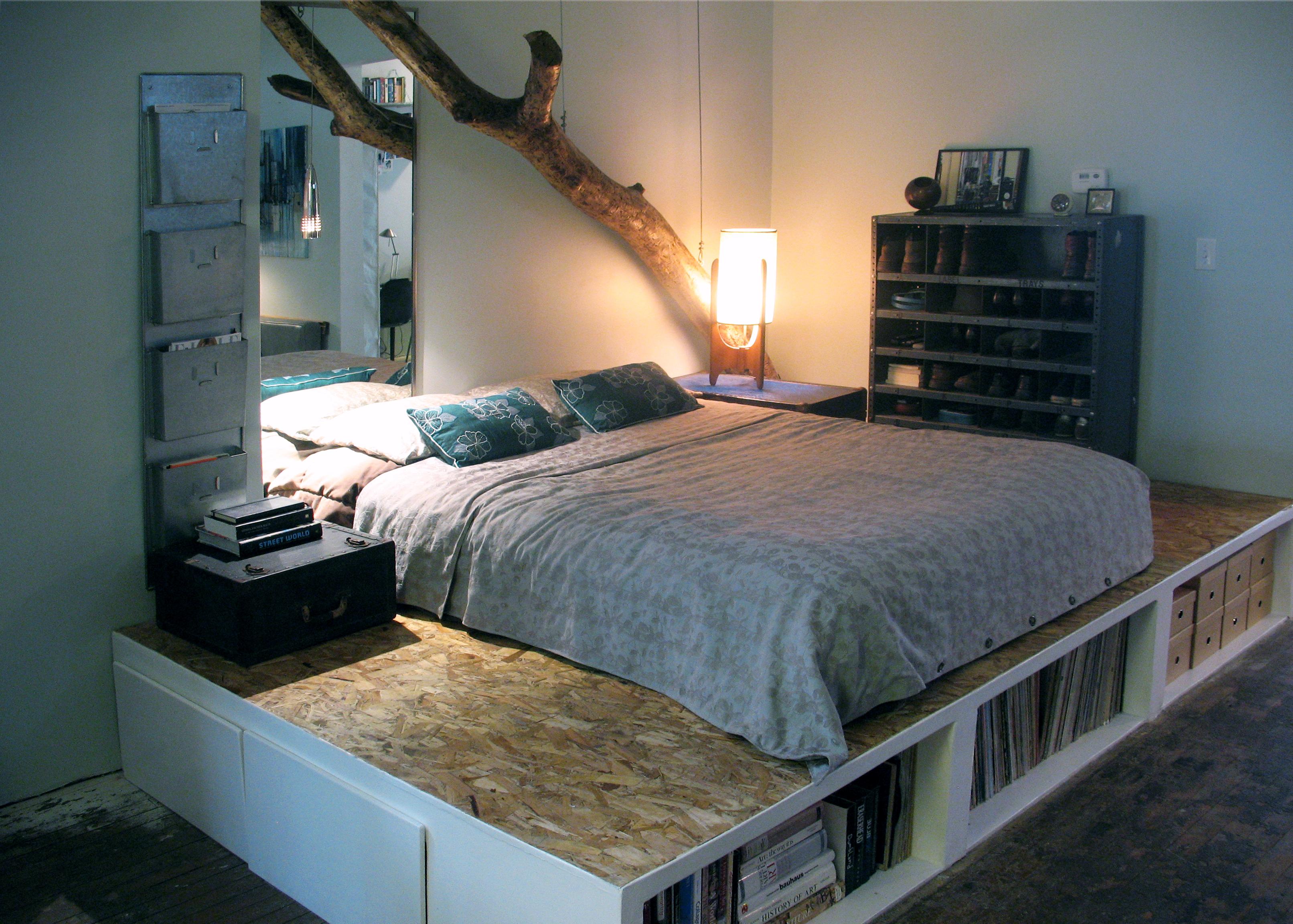 4-12-2009-007-Bedroom