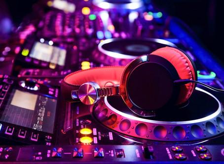 Comment bien choisir un DJ pour animer votre événement ?