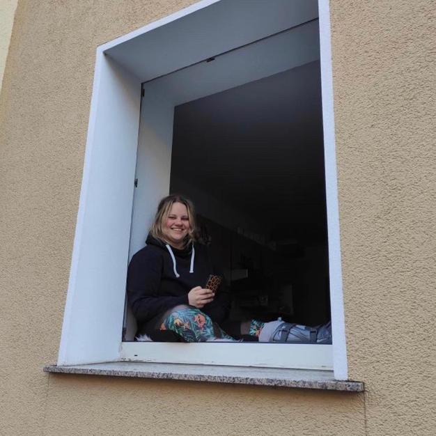 """""""Nika's window talk"""""""