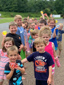 Water balloons toss at Summer Camp!