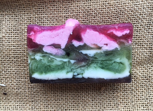 WOMEN Organic Raspberry Mint Gardener's Soap