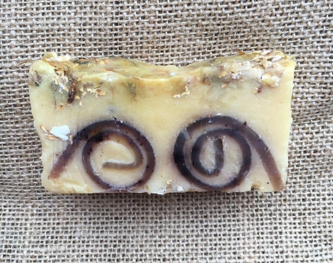 WOMEN Organic Oatmeal Squash Clove Soap