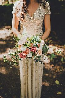 En Fleur | Bouquet and bride in BHLDN | Bellingham, Washington wedding