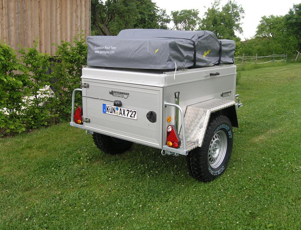 Zeltanhänger Iceland mit Dachzelt1.JPG