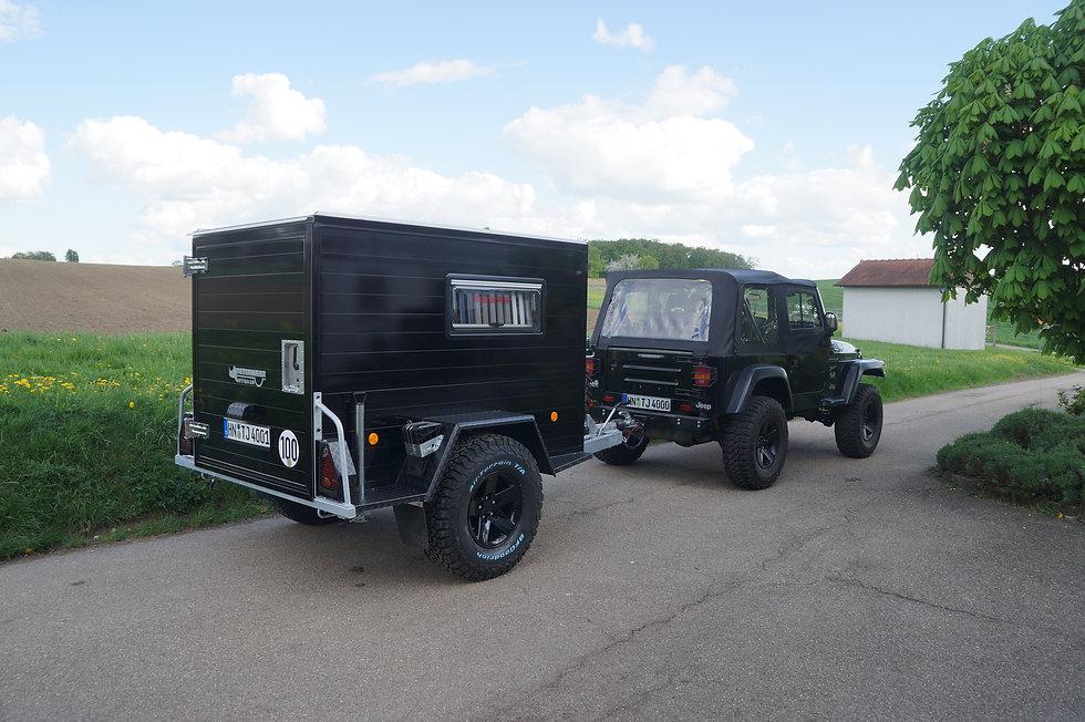 Offroadanhänger Zeltanhänger Schwarz Jeep