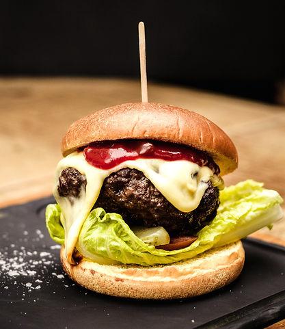 Classic%20Franck%20cheese%20burger_edite