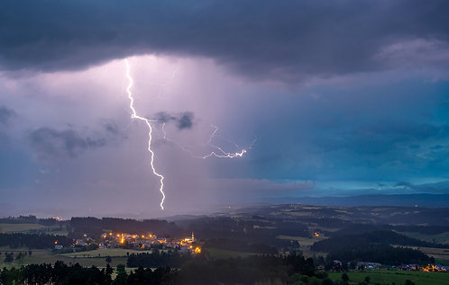 Coup de foudre à Saint-Sauveur de Peyre