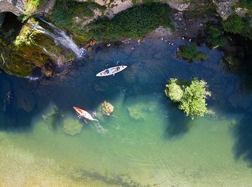 Canoe cascade saint-chely du Tarn.jpg