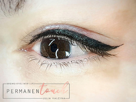 The Secret of Smudge Proof Eyeliner