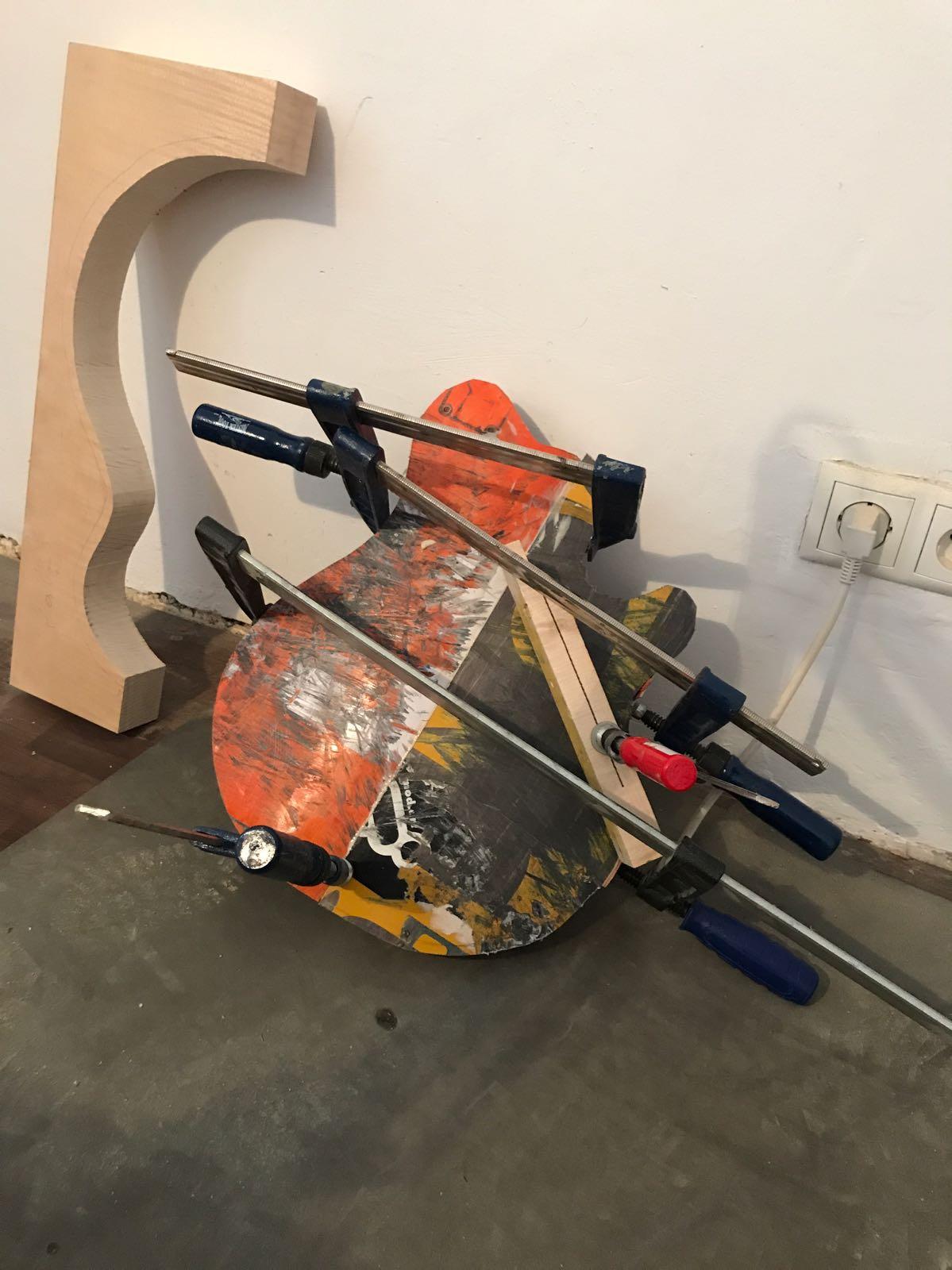Skateboard Guitar