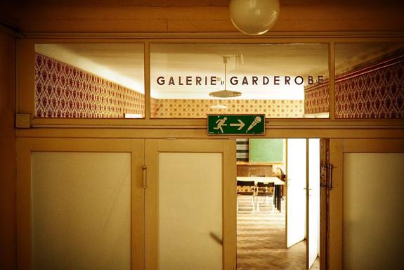 GALERIE UND GARDEROBE