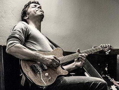 Gitarrenlehrer Mario Dancso ©Mariano Margarit
