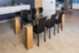 Table bois massif et verre