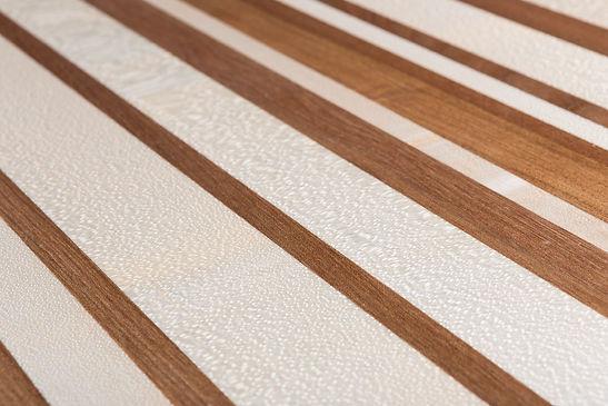 Table basse code barre bois massif orme et érable