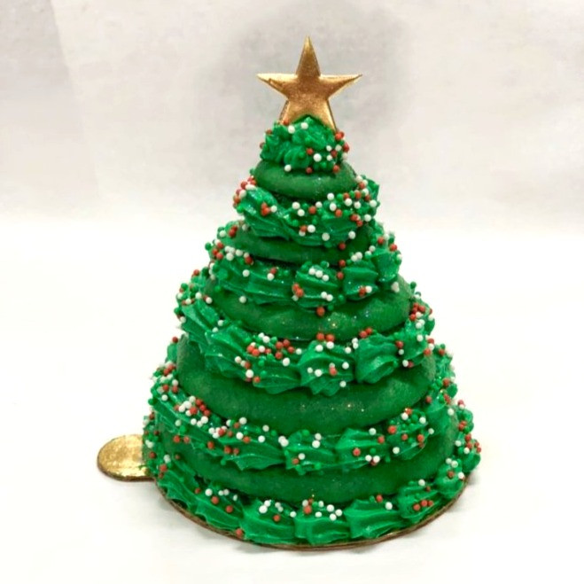French Macaron Christmas Tree