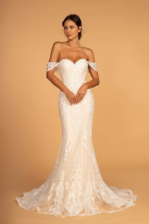 GLS91 Sweetheart Lace Gown