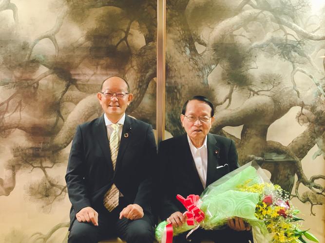 平沢勝栄代議士と高木信明