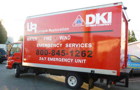 Vehicle lettering on a box truck