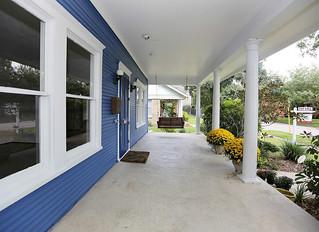 Do you love porches?
