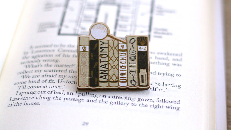 Detective Bookshelf Wooden Pin