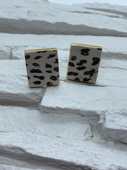 Printed Wooden Studs - Tan/Black Leopard Print