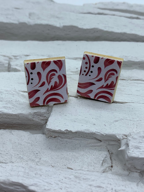 Printed Wooden Studs - Red Swirl