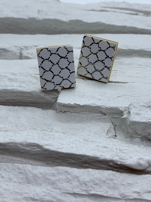 Printed Wooden Studs - White, Black/Gold Hive