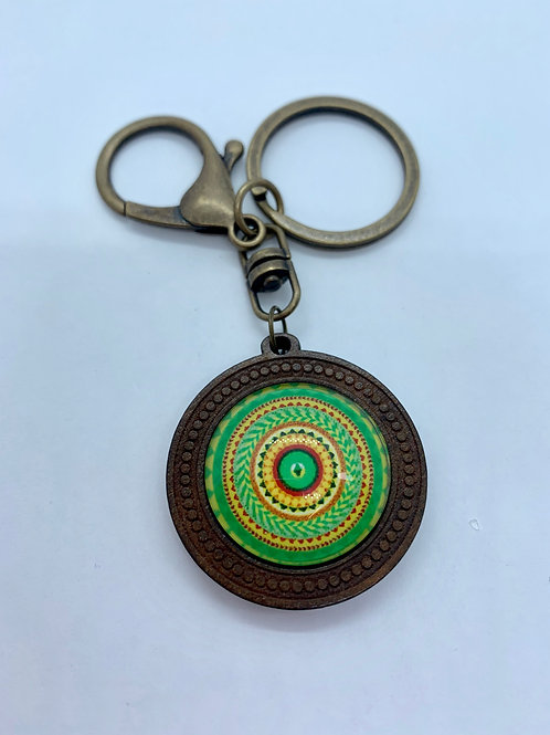 Antique Bronze & Wooded Pattern Yellow & Green circle Key Ring