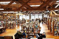 bookstore_edited_edited.jpg