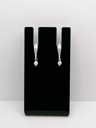 Sterling Silver Bar Studs with Pearl