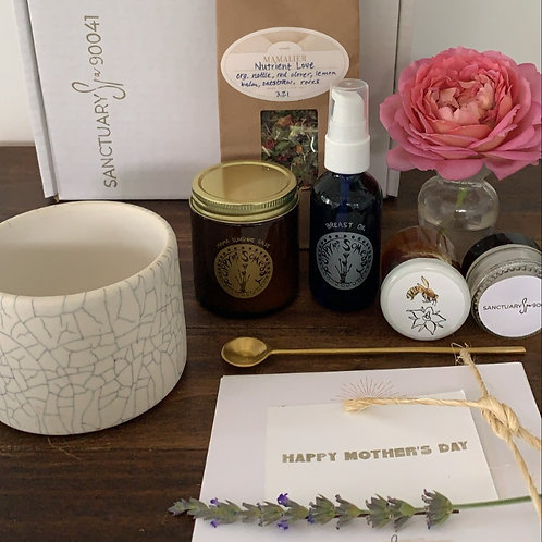 Mother's Day Nourish and Glow Gift Set
