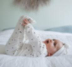 combinaison-bebe-daynight-dots-cream (1)