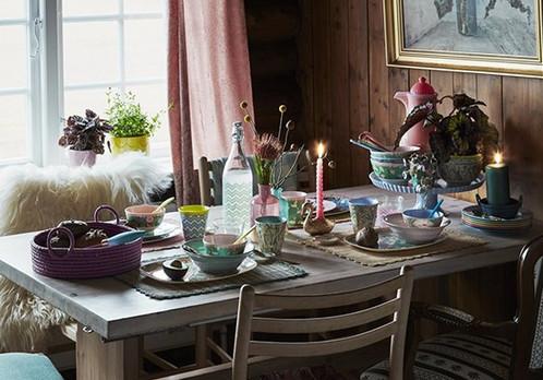 plateau cygne la cabane de jeanne family concept store cadeaux dormans 51. Black Bedroom Furniture Sets. Home Design Ideas