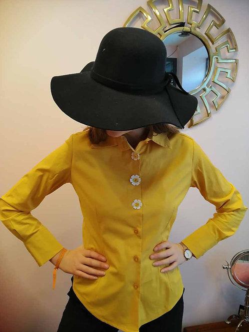 chemise jaune ou rouge marguerite