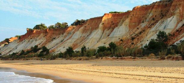 falesia beach vilamoura2.jpg