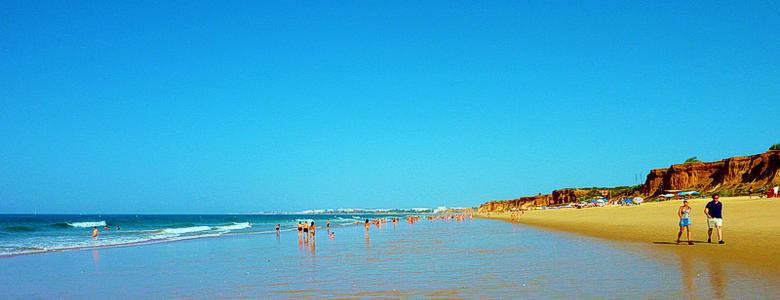 Falesia beach 1.jpg