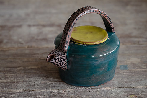 SOLD OUT / FunkY teapot