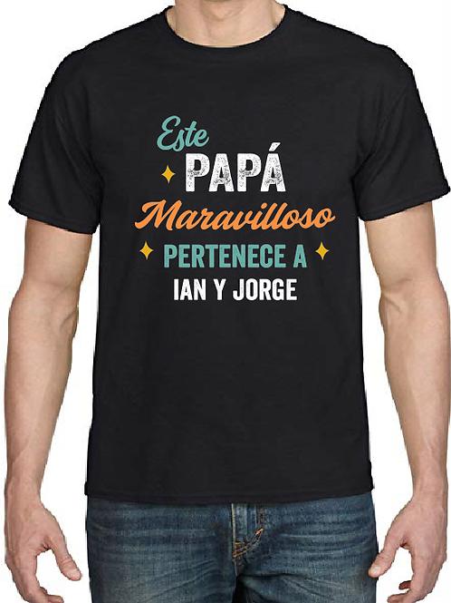 Polera este Papá Maravilloso pertenece a...(nombre de tus hijos aquí)