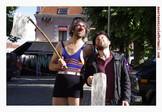 p-p spectacle de rue, clownesque puurlain Théâtre de rue, clown photo nicole martens