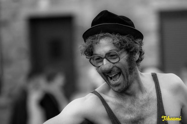 p-p spectacle de rue, clownesque puurlain Théâtre de rue, clown