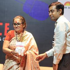 Felicitatiing Dr. Jayanti Dutta at D-Talk