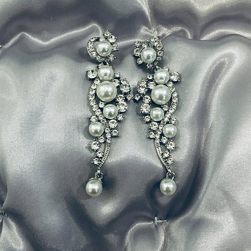 Leonor Pearls earrings