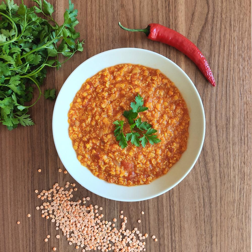 zupa z soczewicą wegetariańska poradnia dietetyczna Holi Diet Ada Śledziewska www.holi-diet.pl