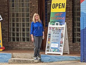 2020_10_09 Trackside 00 Carol exhibit 03