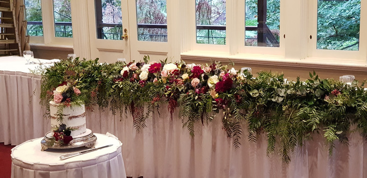 Wedding flowers and Cake Melbourne
